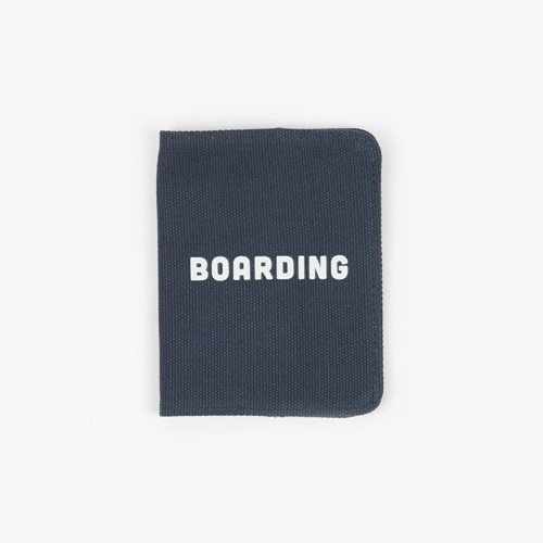PASSPORT HOLDER / Boarding